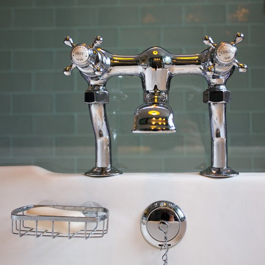 London Hoxton Bathroom taps