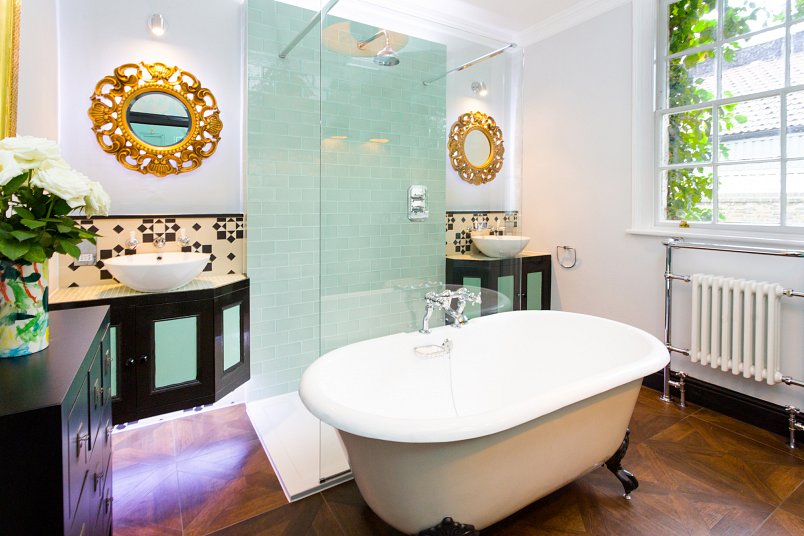London Hoxton Bathroom freestanding bath
