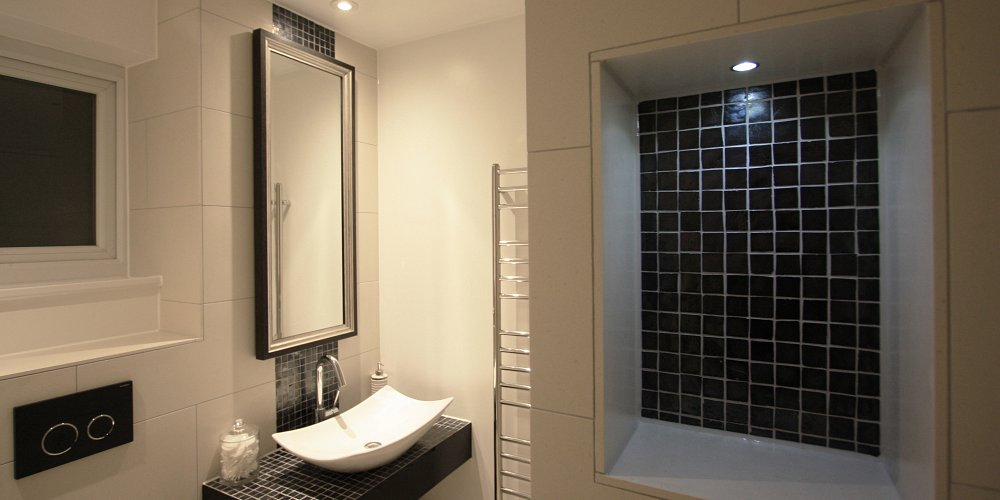 Dawn's Designer Case Study | My Small Bathroom